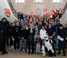 Les équipages du Rallye des Marins d'eau douce au départ de l'Abbaye aux Dames