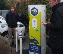 Mathieu inaugure sa borne pour véhicules électriques MobiSDEC
