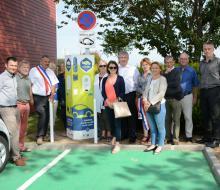 Inauguration de la borne MobiSDEC à Saint-Aubin-d'Arquenay le 13 juin 2017