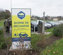 [MOBILITE DURABLE] Inauguration de la borne de recharge rapide MobiSDEC à Bayeux le 5 décembre