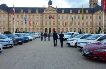 Jour J départ de l'hôtel de ville de Caen
