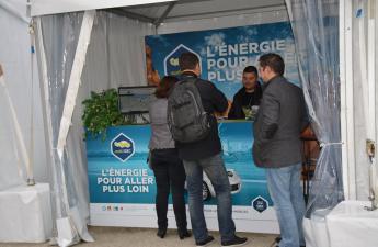 Stand MobiSDEC du SDEC ENERGIE au village de l'électromobilité