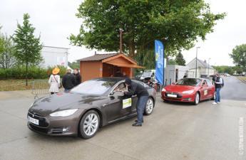 Retour des équipages au Village de l'électromobilité